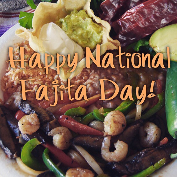 ‪Aloha friends! Swing by for #KitchenSinkSunday and a Happy #NationalFajitaDay ‬