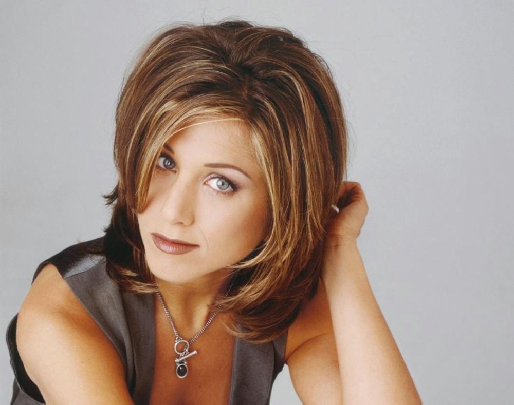 jennifer-aniston-changing-hair-1994-e1455579387408.jpg
