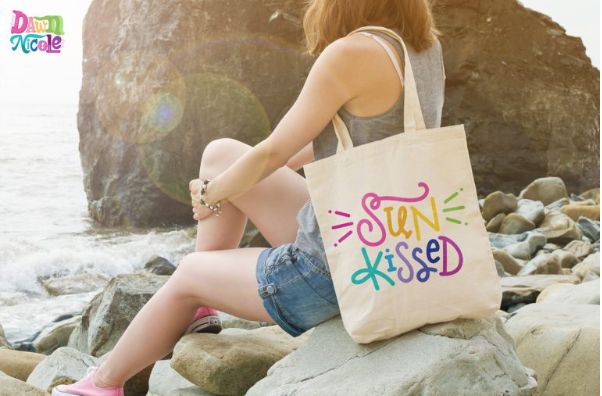 Cricut Summer Project SUnkissed Bag by Dawn Nicole