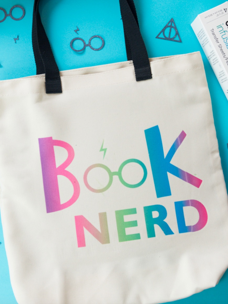 Back to School Cricut Project: book nerd tote bag by Simply Made Fun