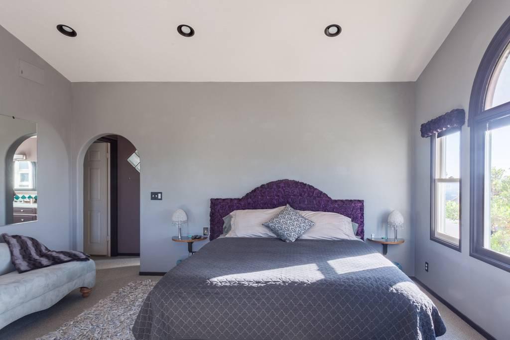 airbnb bed.jpg