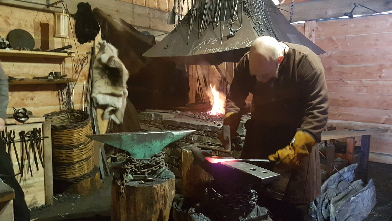 Viking-valley-crafts.jpg