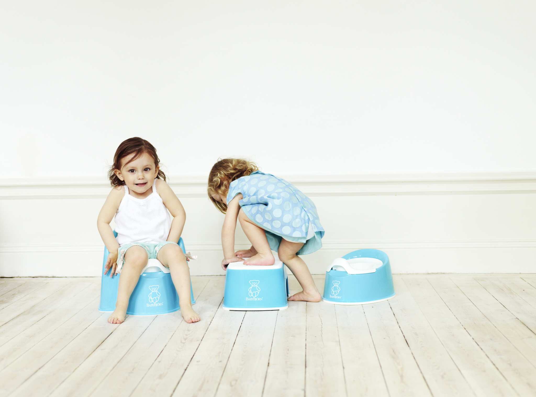 BabyBjorn Turquoise Bathroom products.JPG