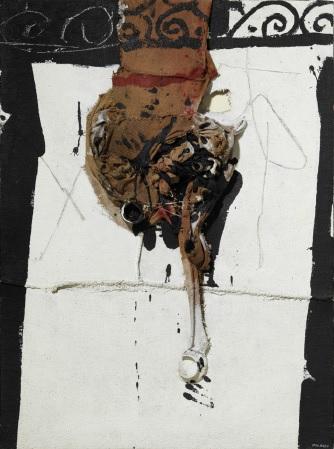 Manolo Millares,  Homúnculo  (1964) Mixed media on burlap, 130 x 97 cm
