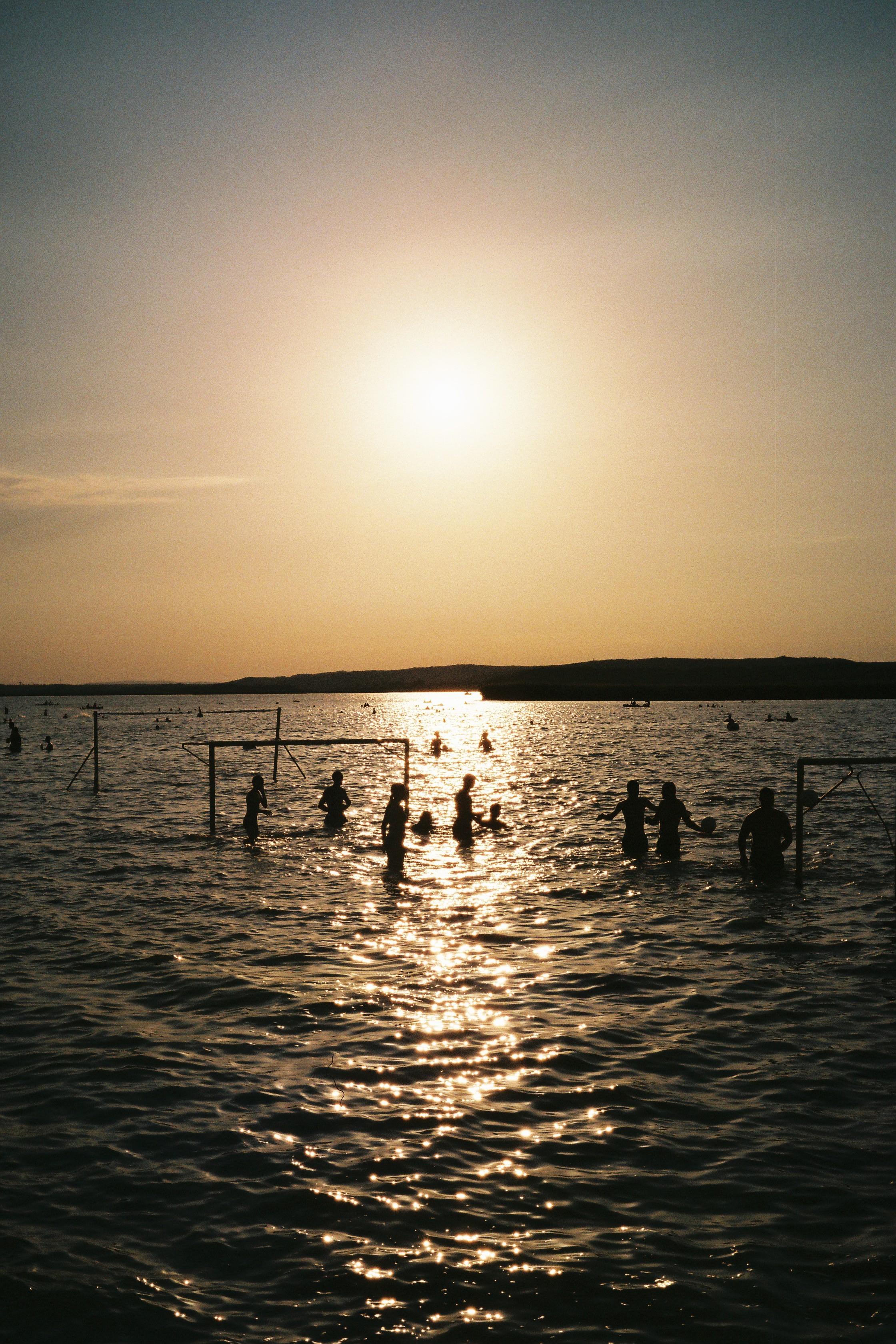 Lake Valence, Hungary   Voigtländer Bessa R3A