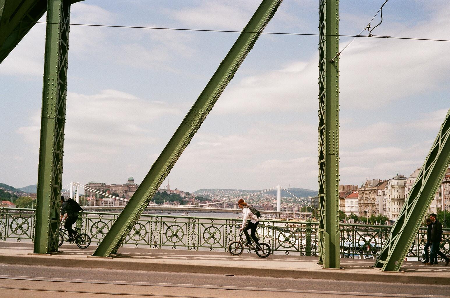 Budapest, Hungary   Voigtländer Bessa R3A