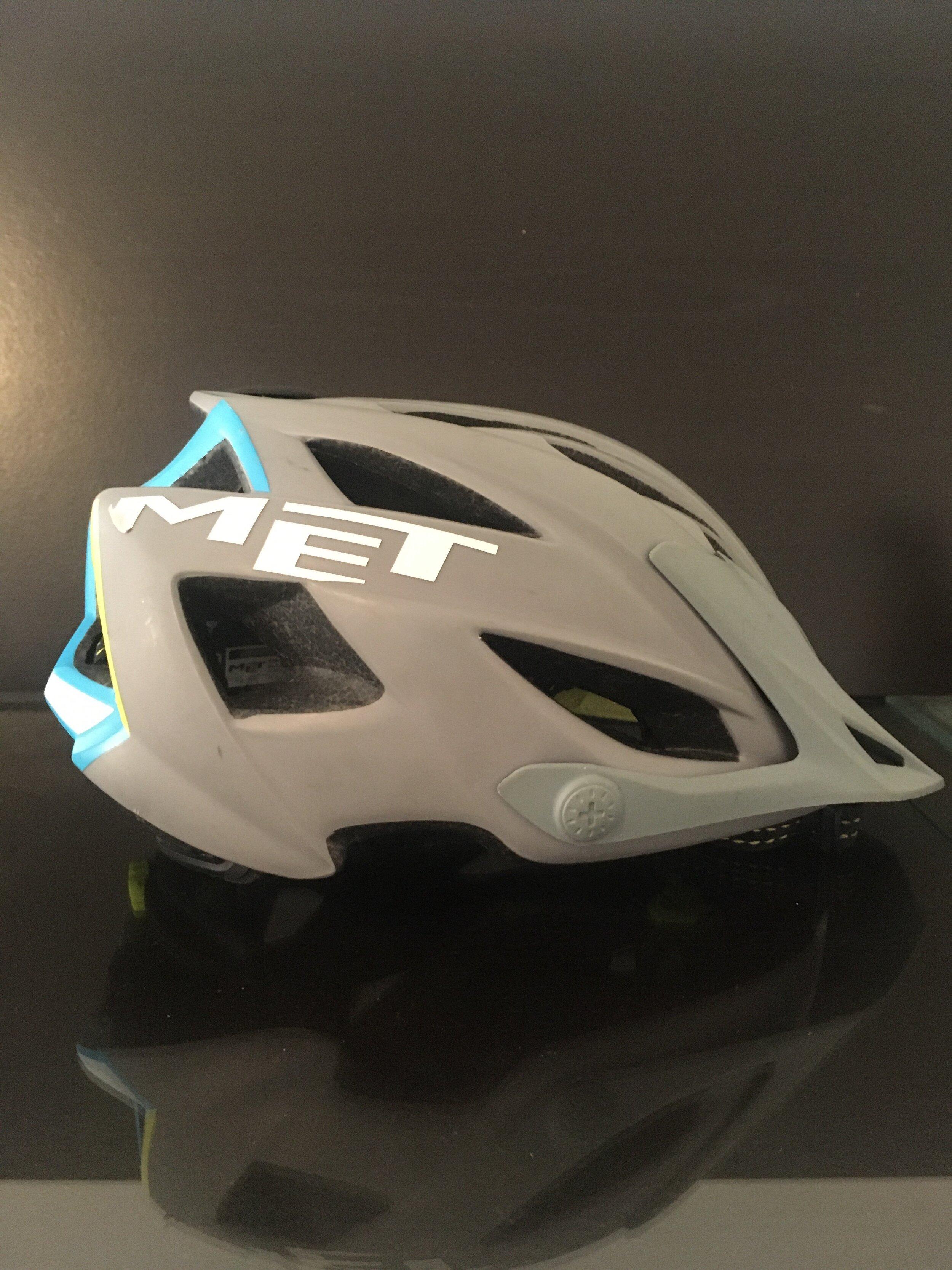 Helmet MET  Terra