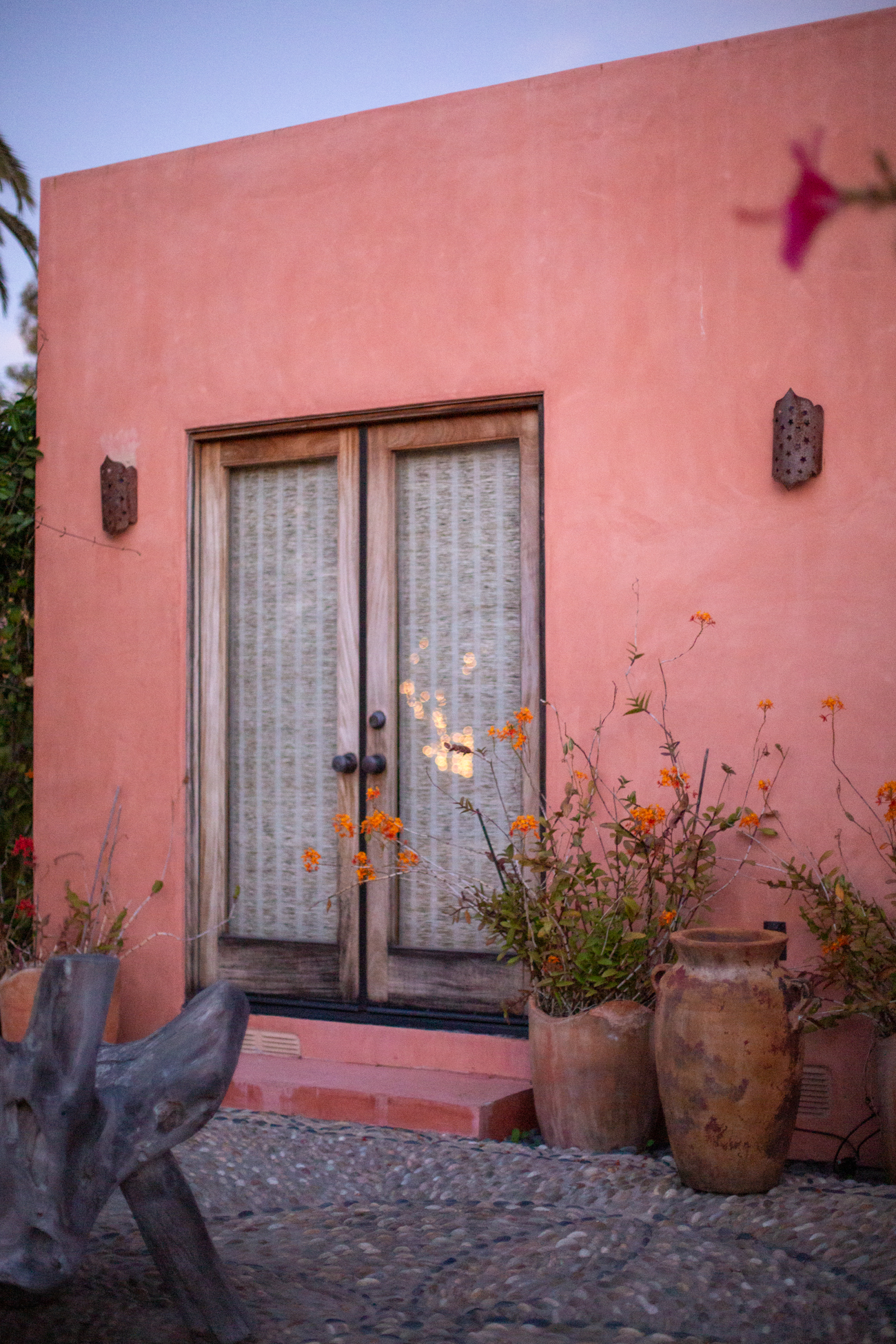 Fig 23 Color inspiration from a small pink home along Venice Canals.
