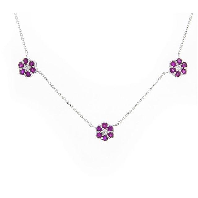 Sapphire flower necklace! #shellybeckerdesigns #saturday #sapphire