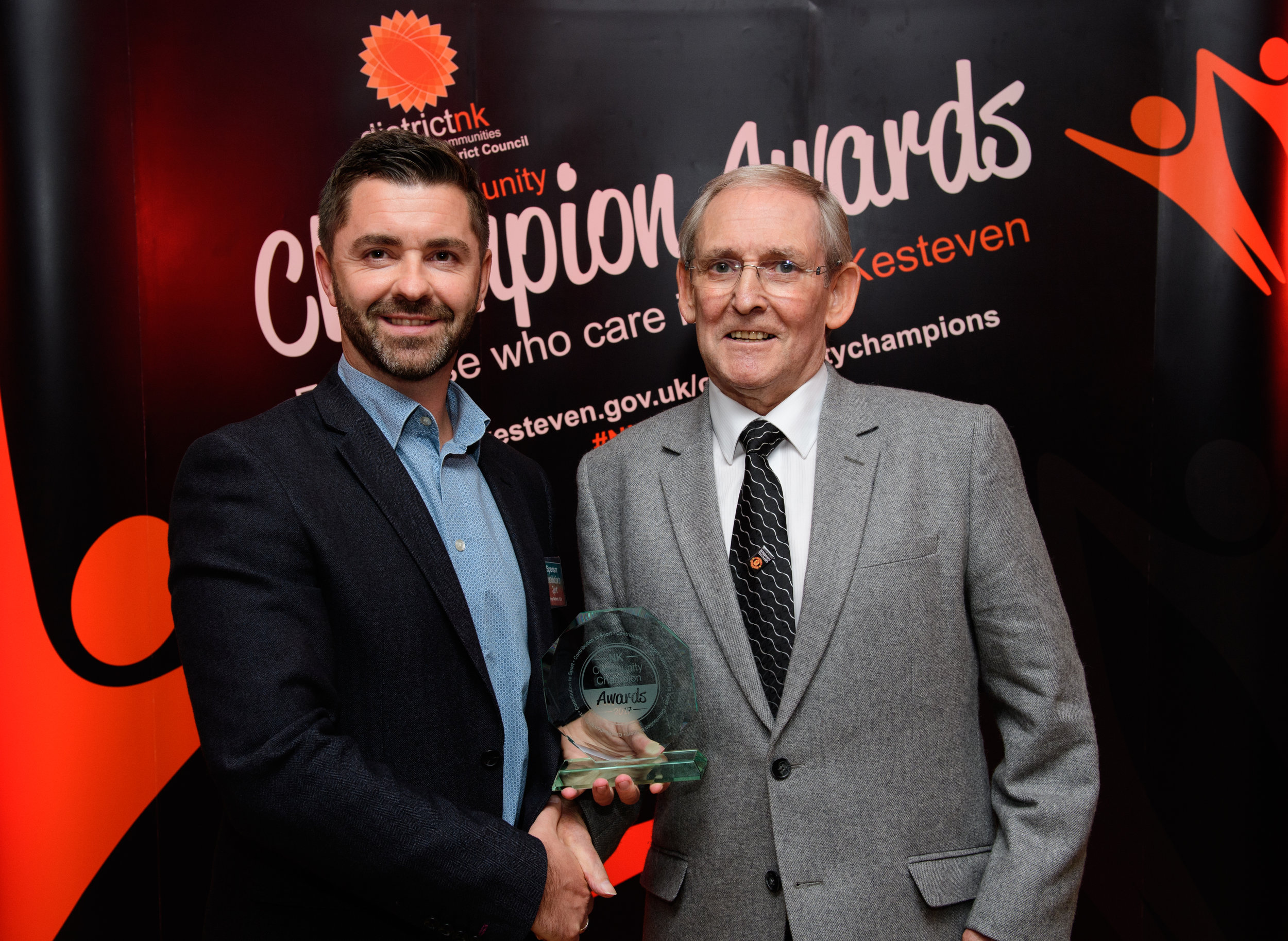 Tony Mabbott, 1Life presents the Contribution to Sport award to Peter Ford.