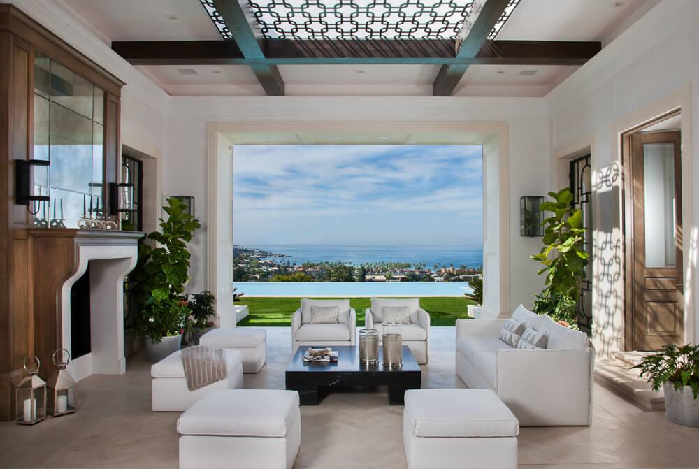 cielo-livingroom-pool.jpg