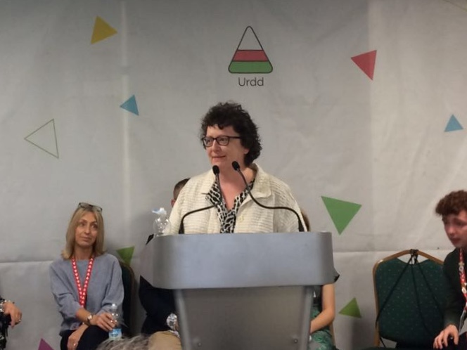 The Presiding Officer, Elin Jones AM, at the Welsh Youth Parliament launch in the Urdd Eisteddfod, 2018.