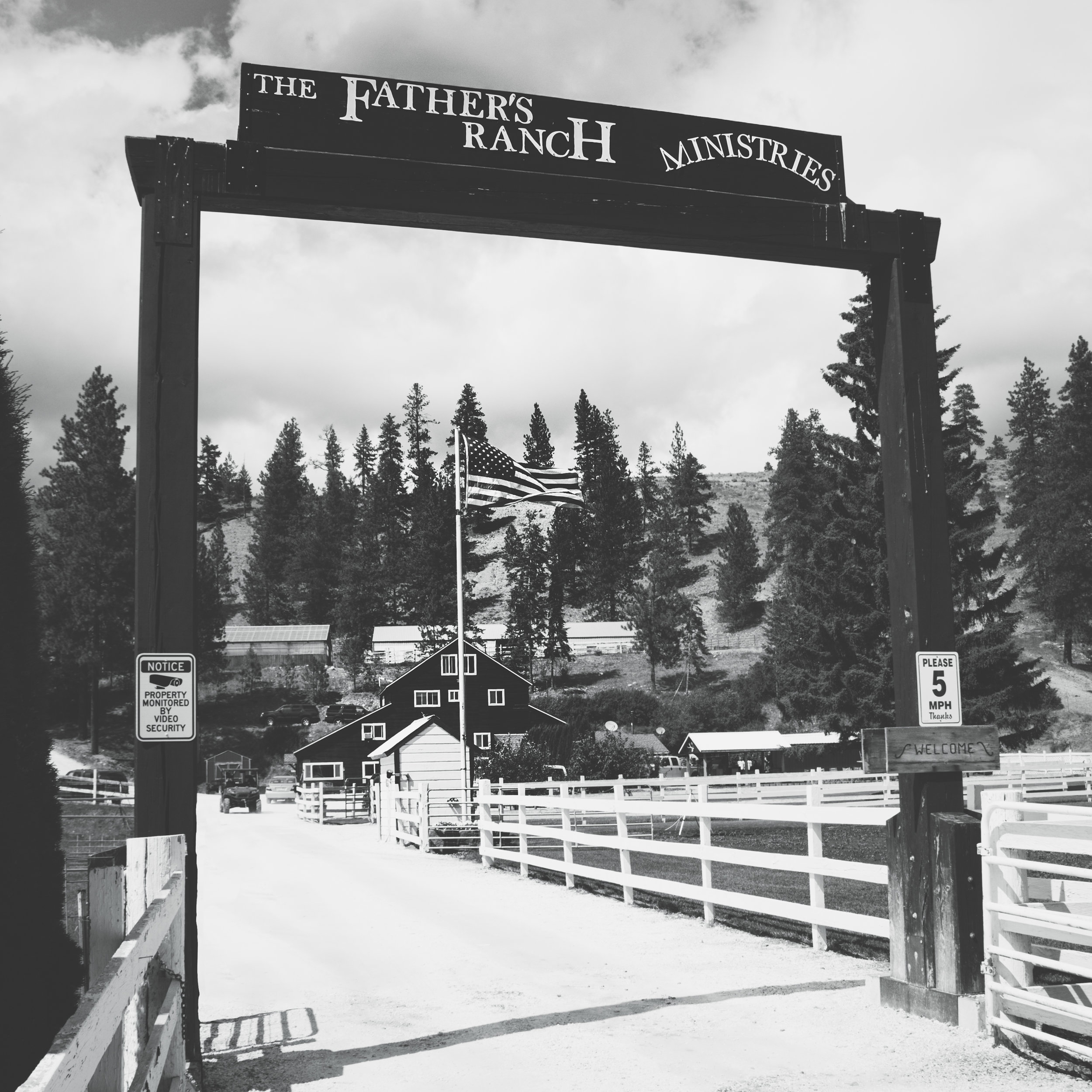 A Girls Ranch Christian Boarding School in Eastern Washington State in the Pacific Northwest  Serving Elementary School, Middle School, High School, and Online College Students