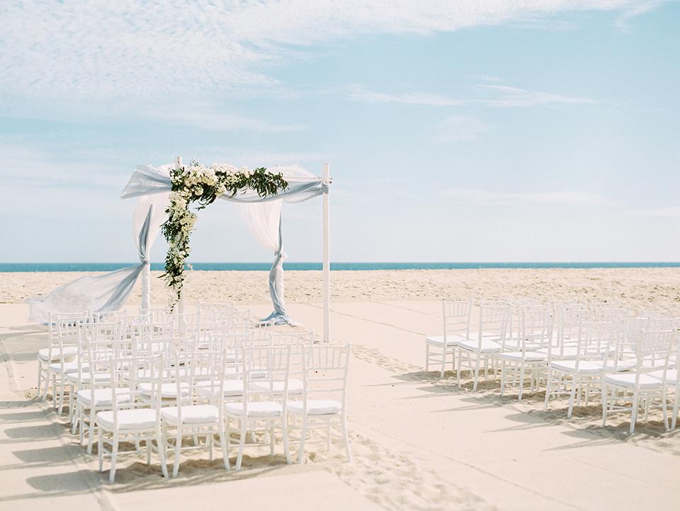 Cabo-Wedding-By-Lauren-Peele42-1.jpg