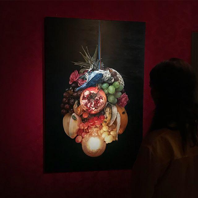 Cindy Wright in Kasteel Gaasbeek #newbook #cindywright#bowlingfinearts#belgianart #belgianartist #gaasbeek