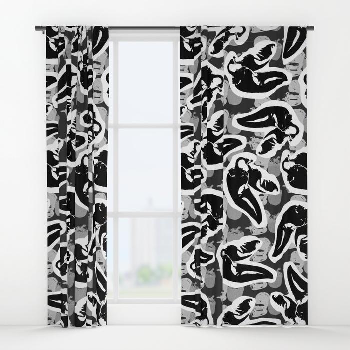 hot-toss-large-curtains.jpg
