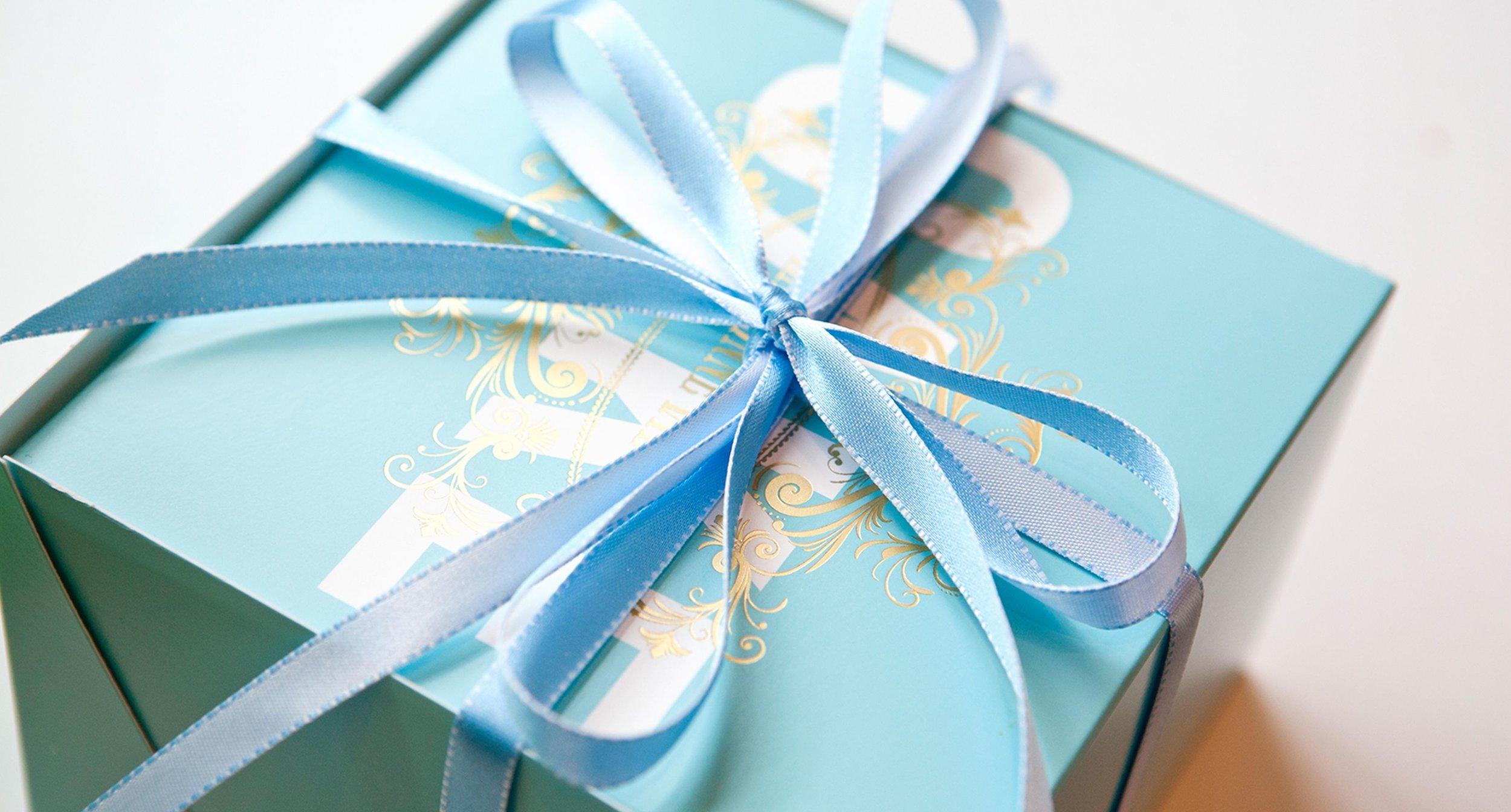 La Bonne Vie Package Close Up