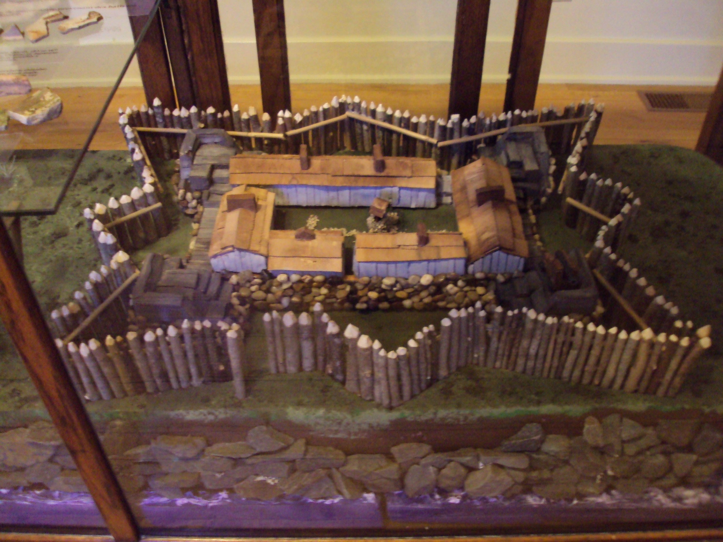 European settlement of Canada began with Fort Point, when Razilly established the first capital of what was then called 'New France' in 1632. Among the displays chronicling this story and other aspects of Acadian history in the LaHave area, visitors can hold one of the hand made bricks from France which were used as ballast in the ships carrying new settlers here, then used to construct the base of the fort itself.