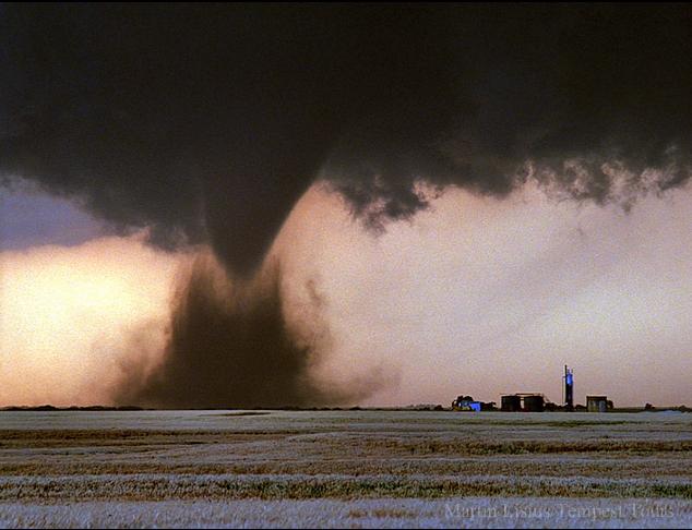Tornado Storm Chasing