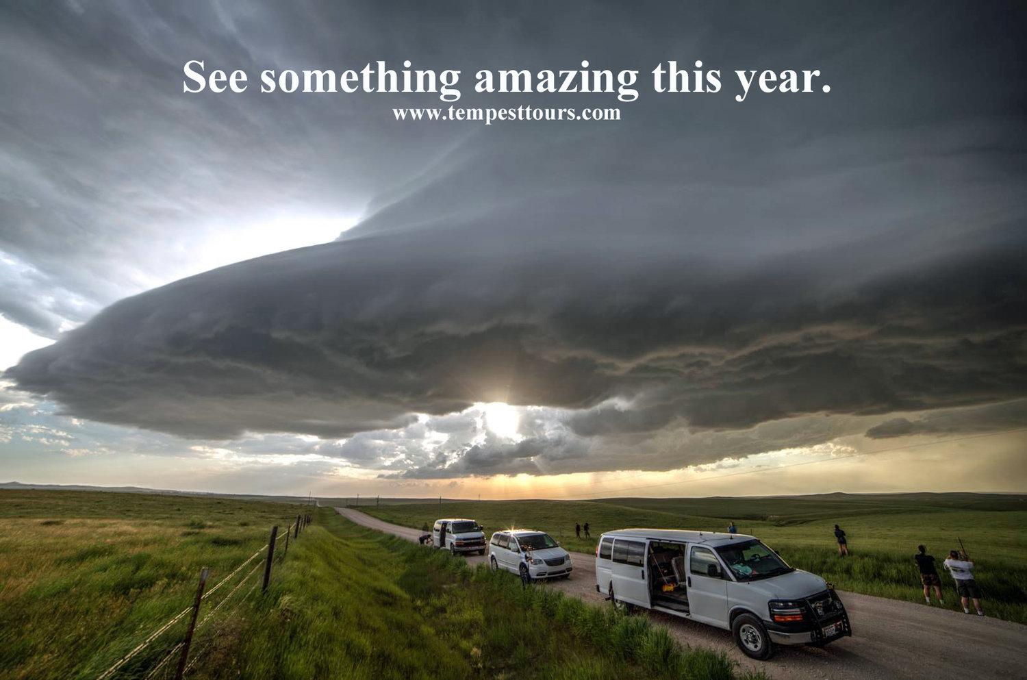 Supercell-over-vans-Tempest-Tours-storm-chasing.jpg