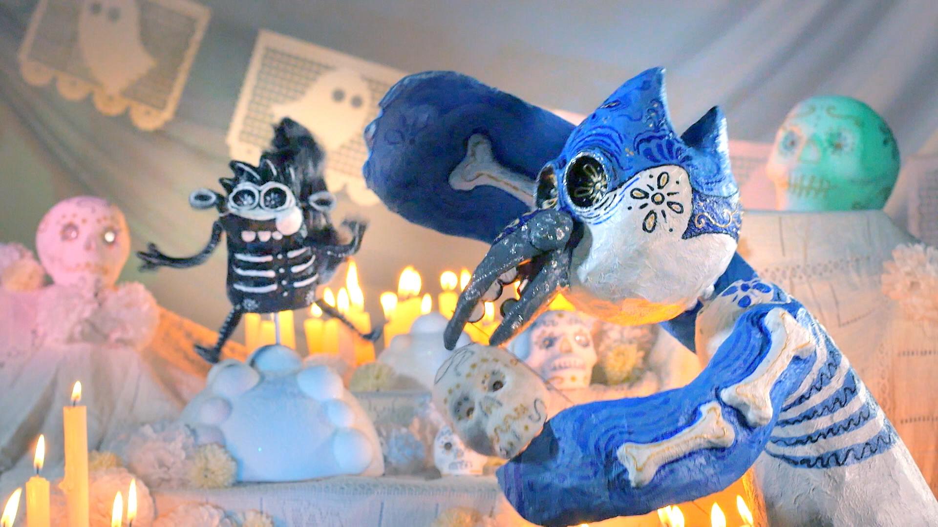 ¡Rigby y Mordecai bailando y comiendo calaveritas de azúcar!
