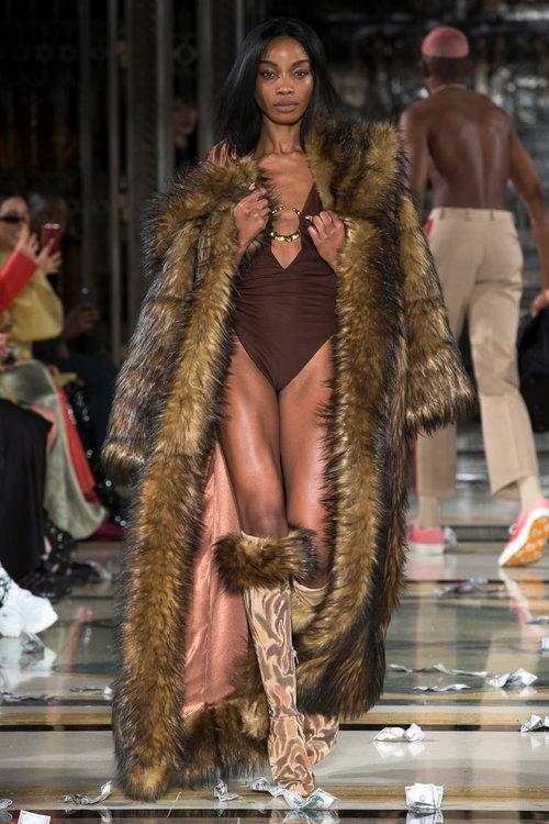 female fur coat .png