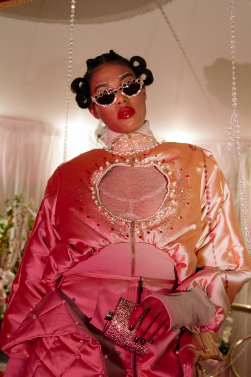 Fortie is providing females with fierce fits that are giving us serious style envy.  - Winner of the AW18 fashion merit award and worn by the likes of Rihanna and Jorja Smith, Fortie is a brand that is definitely not going unnoticed.(Image from fortielabel.com)The Forty AW18 collection was inspired by the 'forty thieves', an all female London crime collective known for their conducts between the 19th and early 20th century.