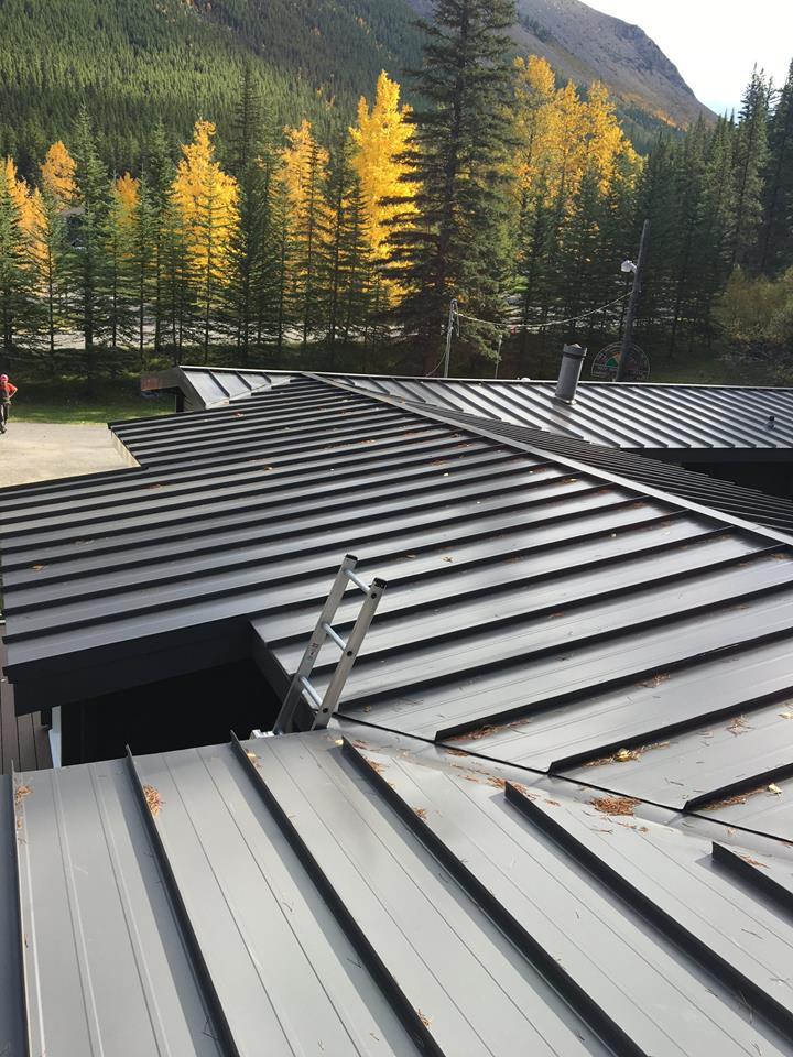 "Because of the number of boards that required replacement, the team at Advantage GRP needed a solution that would not interfere with the project deadline. After sourcing the rough lumber, the team decided to mill the cedar on site using a planer and dado blade to create a tongue and groove system.  ""We needed a solution that would get us the amount of cedar efficiently without sacrificing quality,"" details Tim. ""With an on-site mill, we lost no time."" -"