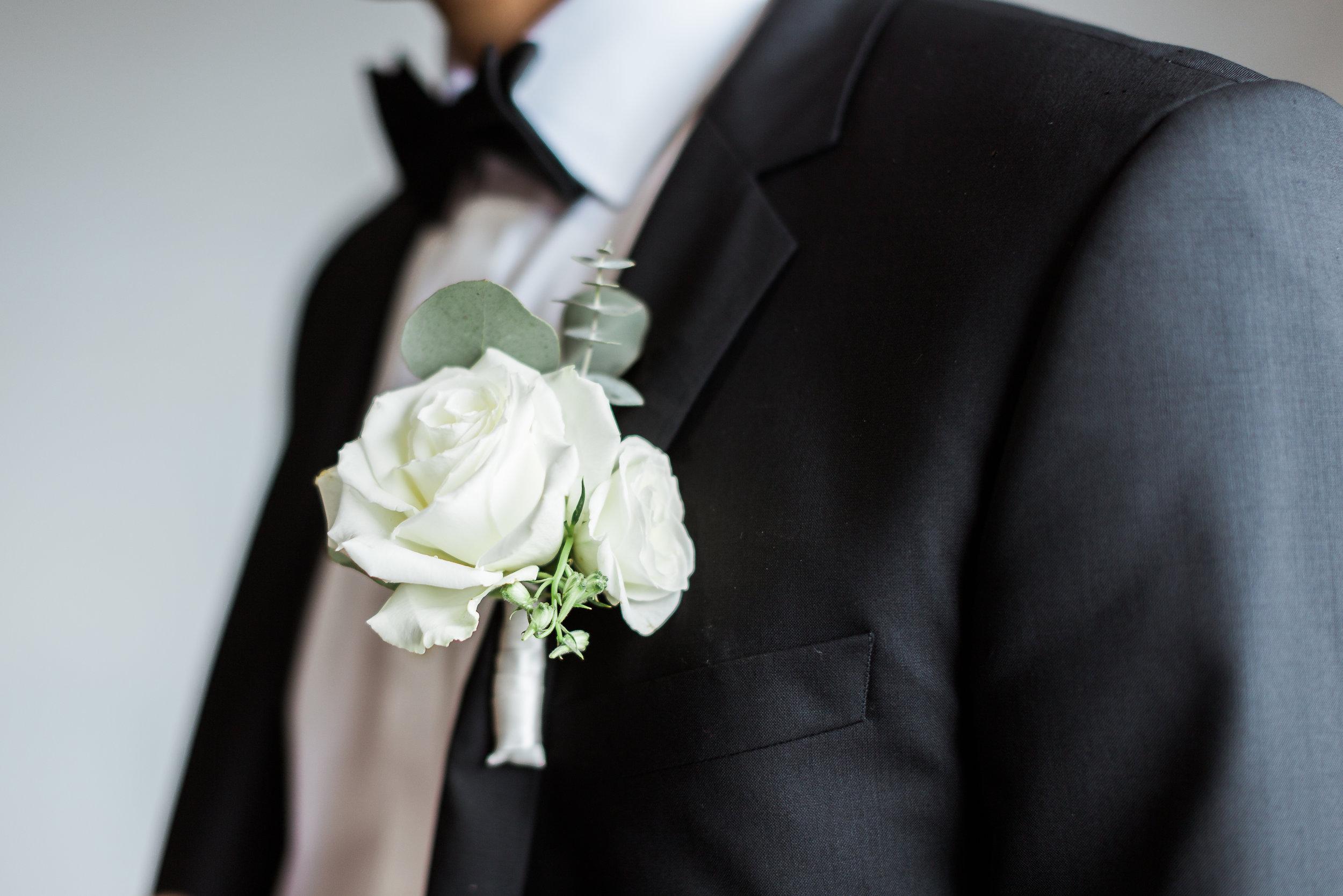 grooms flower.jpg
