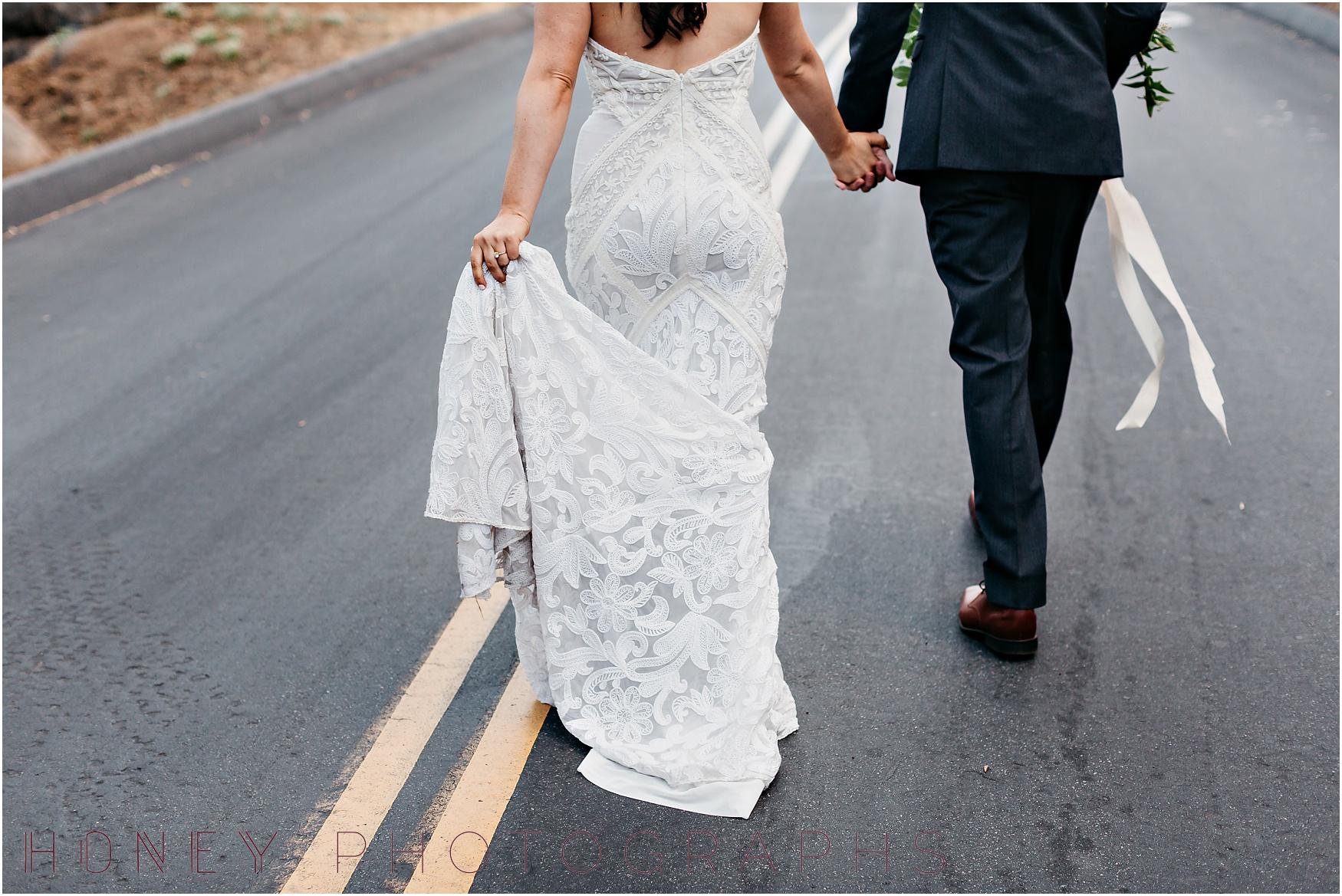 picnic-wedding-rustic-sweetheart-table-felicita-park-boho17.jpg