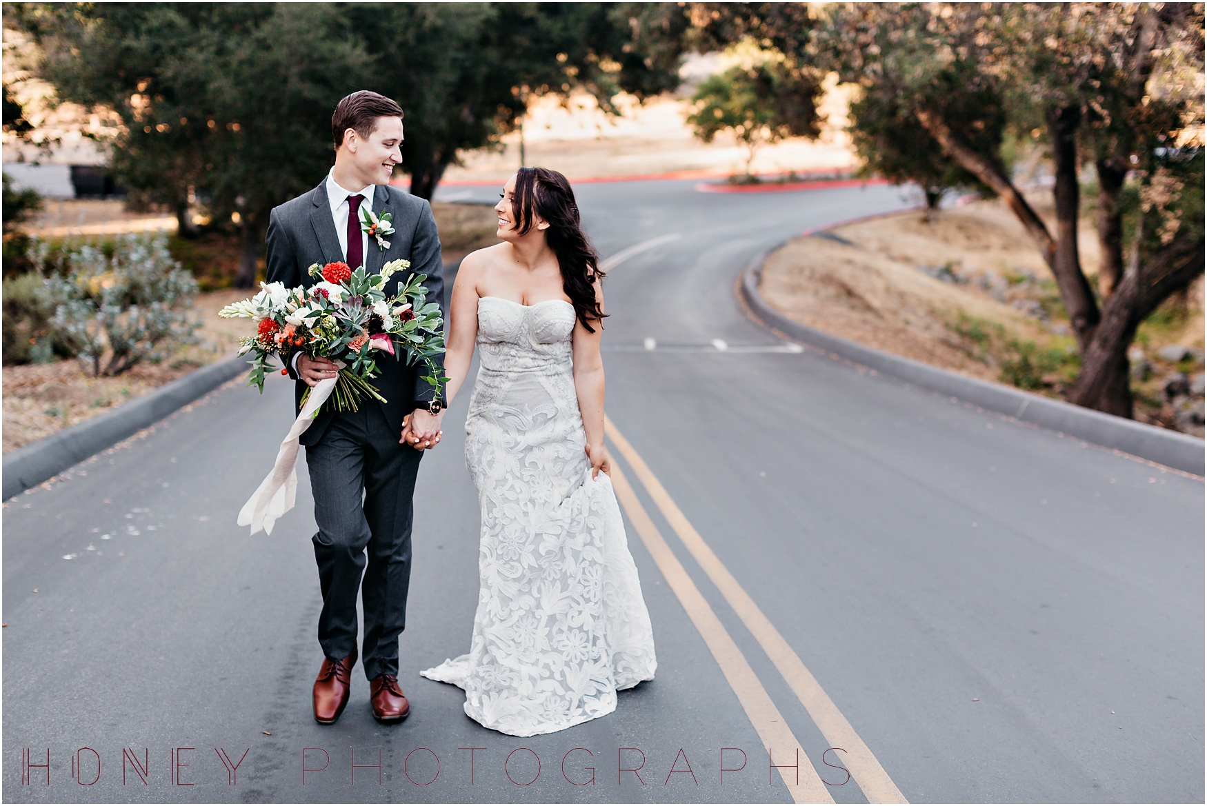 picnic-wedding-rustic-sweetheart-table-felicita-park-boho19.jpg