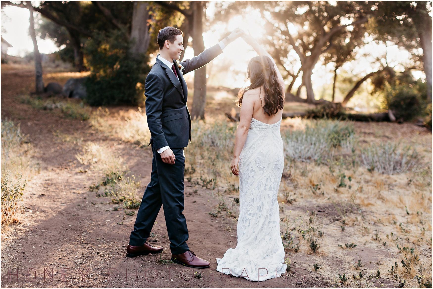 picnic-wedding-rustic-sweetheart-table-felicita-park-boho26.jpg