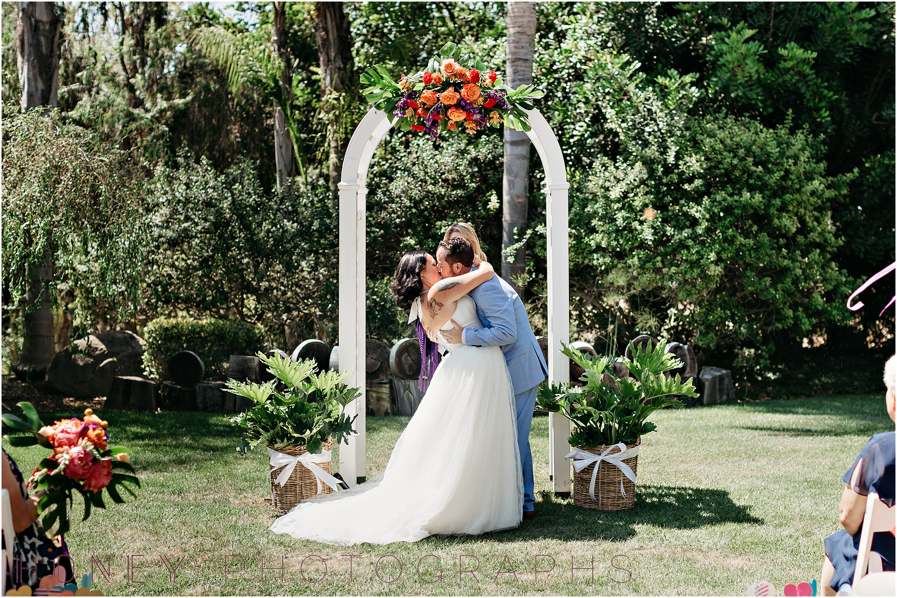 colorful_ecclectic_vibrant_vista_rainbow_quirky_wedding023.jpg
