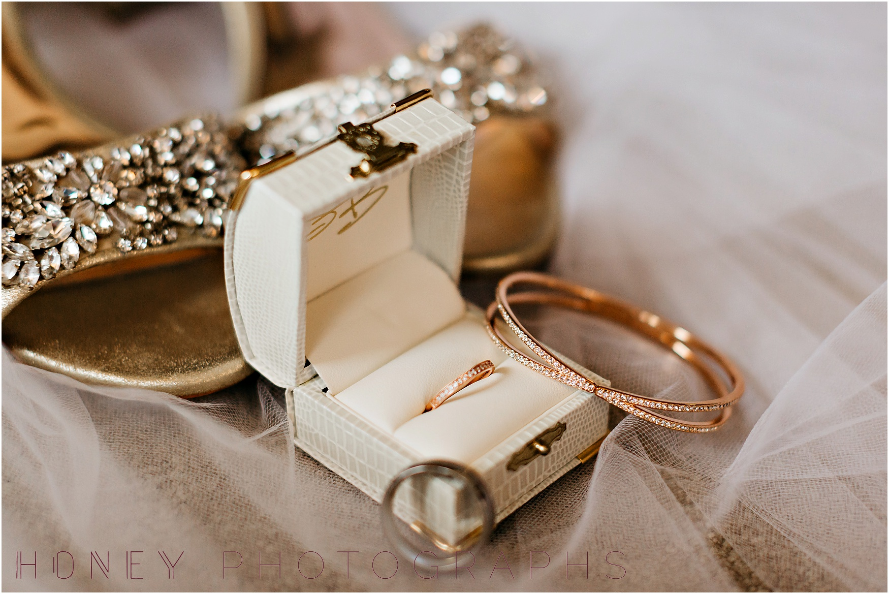 brick_warehouse_liberty_station_urban_classic_wedding002.jpg