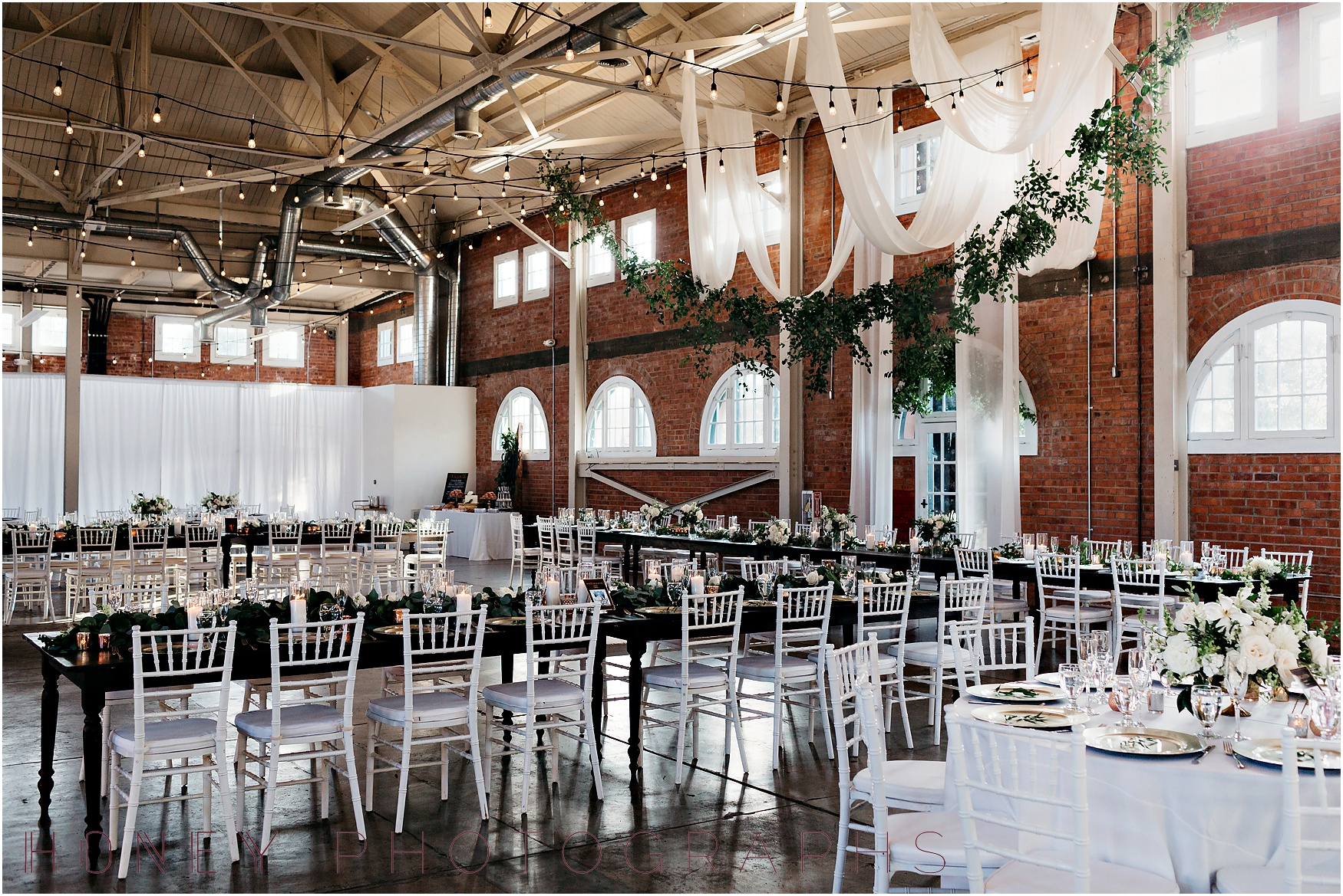 brick_warehouse_liberty_station_urban_classic_wedding046.jpg