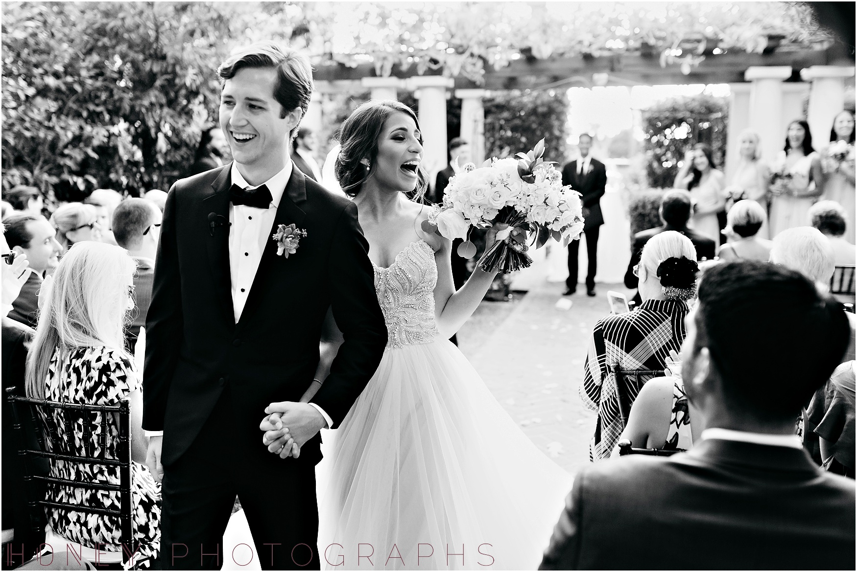la_jolla_timeless_classic_elegant_cliffs_beach_black_tie_wedding034.jpg