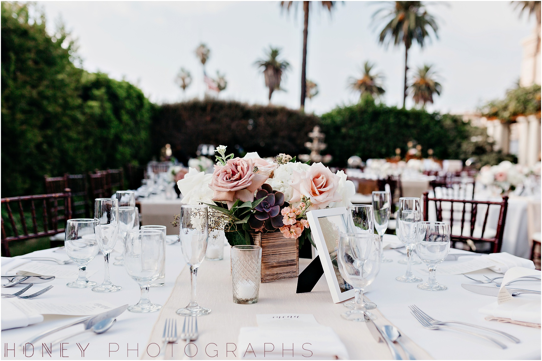 la_jolla_timeless_classic_elegant_cliffs_beach_black_tie_wedding048.jpg