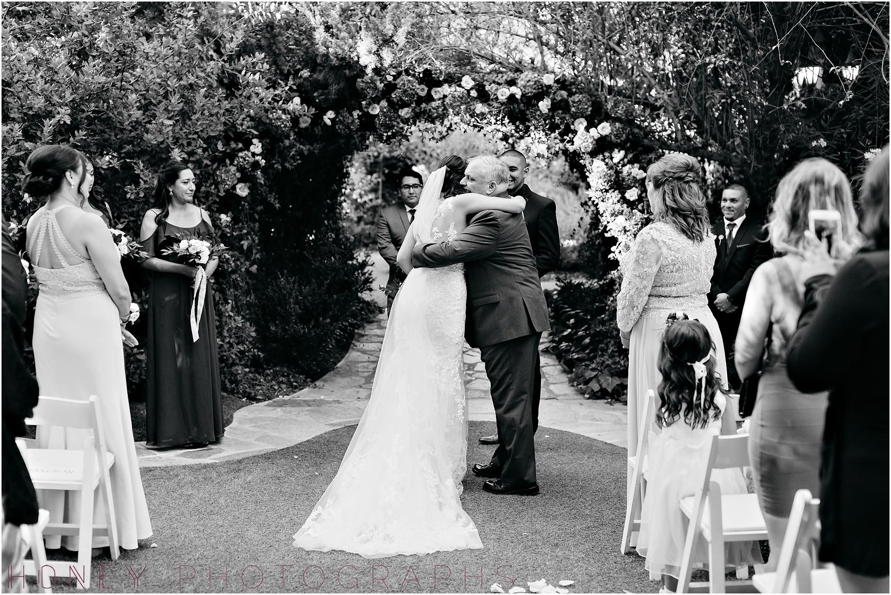 twin_oaks_garden_estate_fall_winter_burgundy_wedding017.jpg