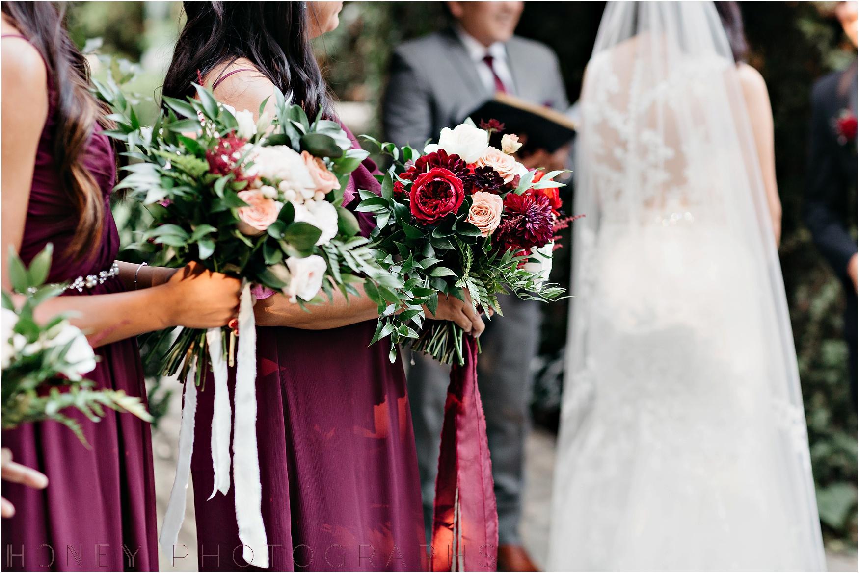 twin_oaks_garden_estate_fall_winter_burgundy_wedding021.jpg
