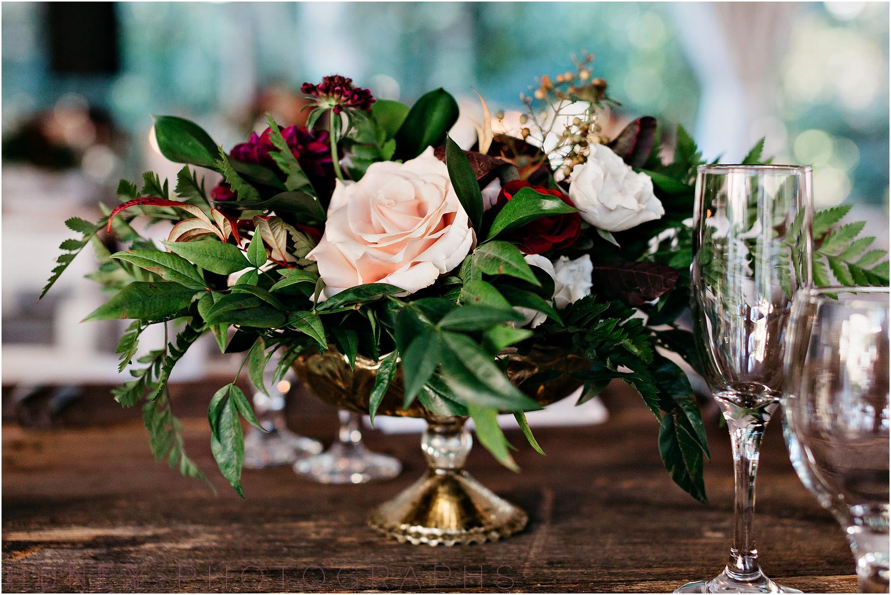 twin_oaks_garden_estate_fall_winter_burgundy_wedding052.jpg