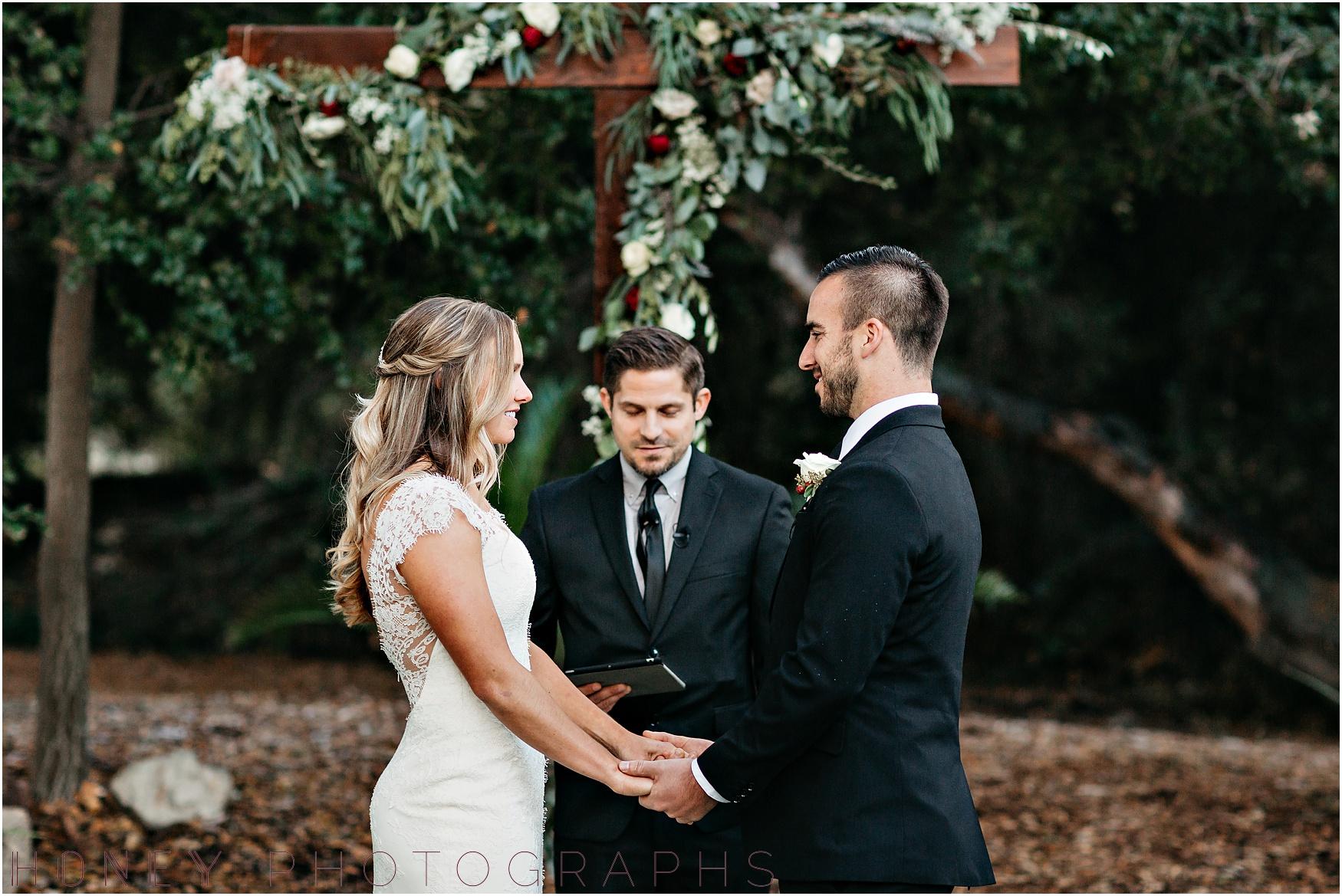 temecula+creek_inn_winter_rustic_wedding018.jpg