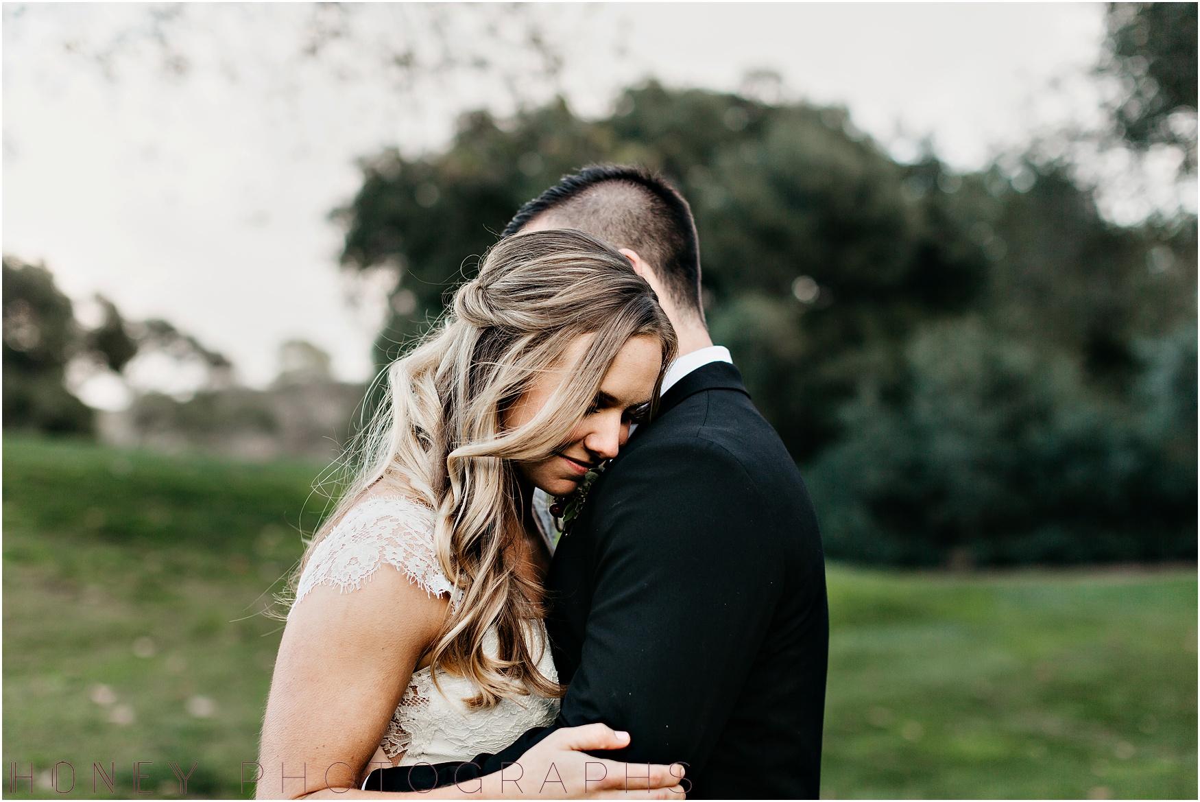 temecula+creek_inn_winter_rustic_wedding028.jpg