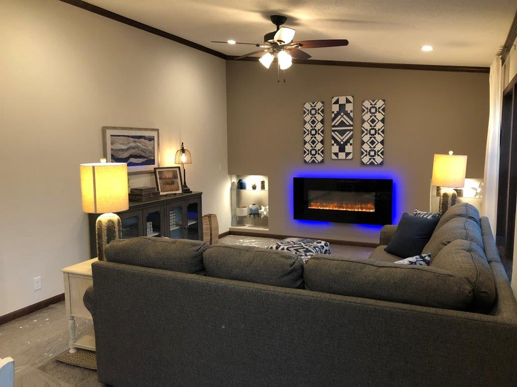 Independence 29 family room.jpg