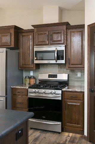 Integrity 98 Kitchen (7).jpg