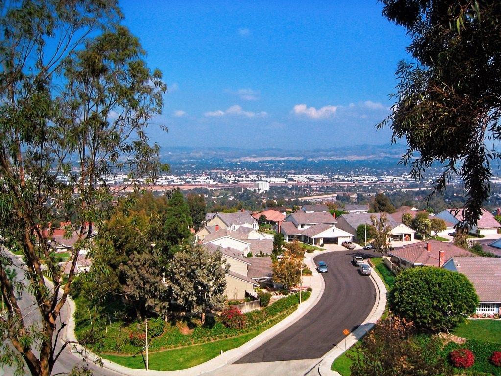 Fullerton, CA -