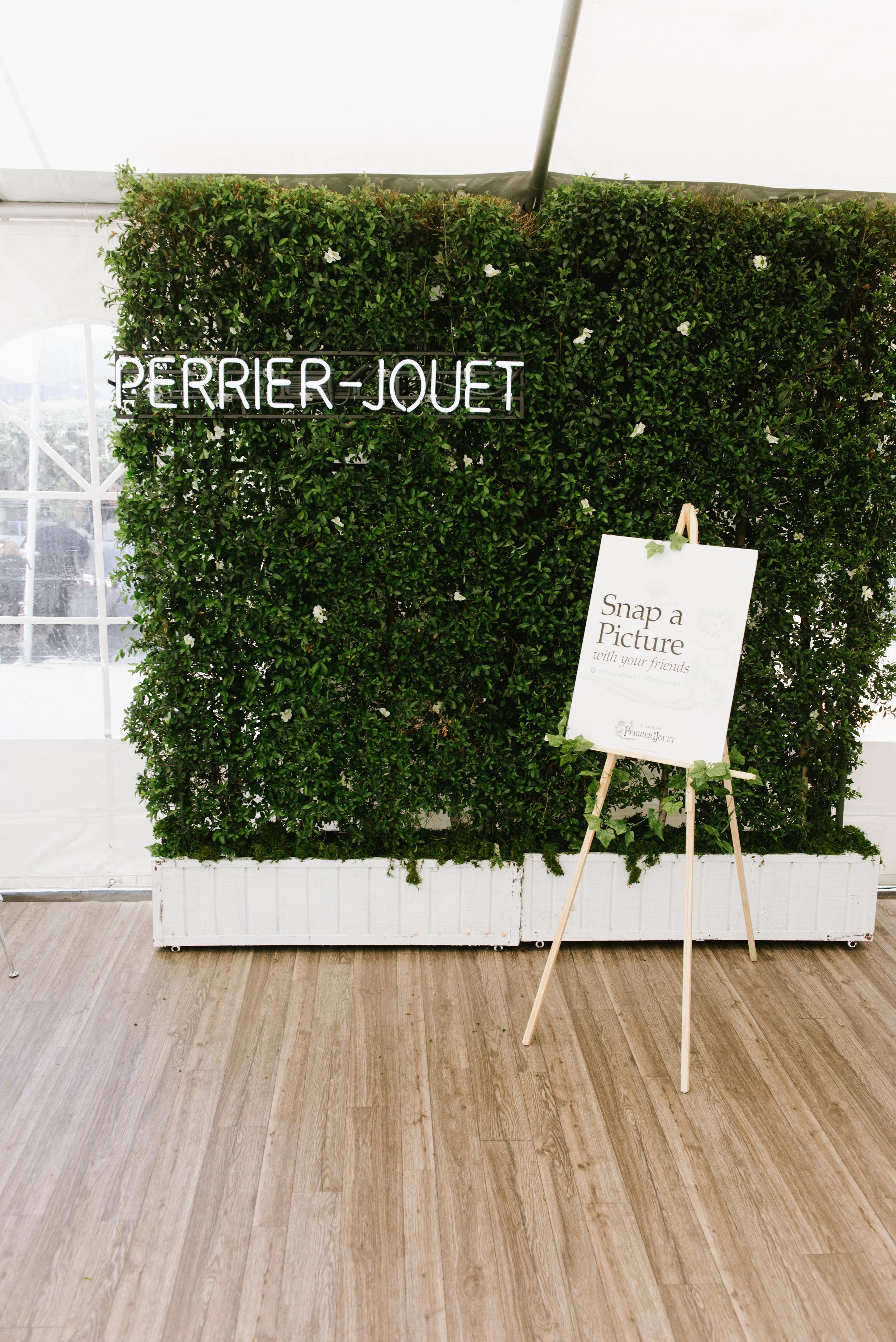 Pernod Ricard_Perrier Jouet_Cole Beal-18.jpg