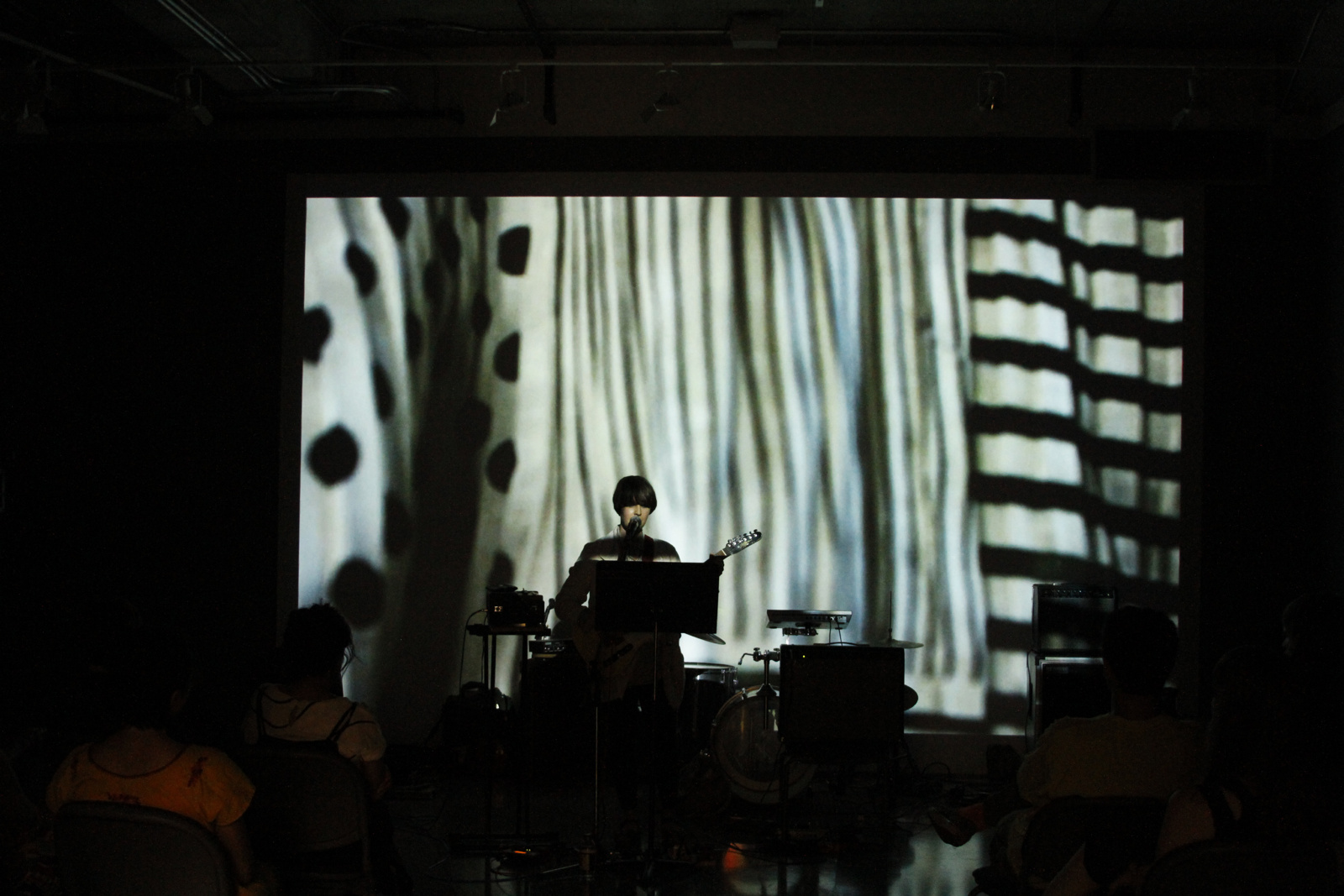Jung Bouquet solo performance 9/3/14 at Lamar Dodd Gallery, University of Georgia Athens. photo: Katie Geha