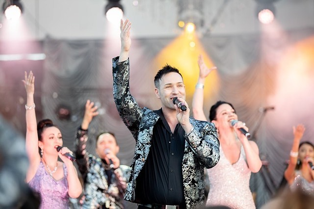 Was great performing back on the GC last weekend for #celebrategcdiamondjubilee with #d&gentertainment. #featuredsinger #featuredahow #corporateevents #australia