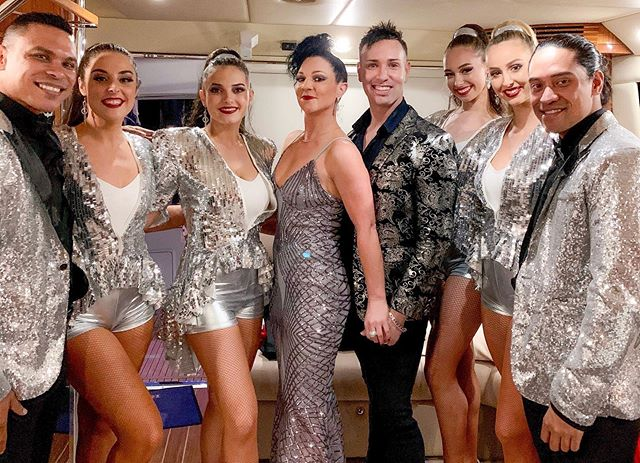 Such a great crew for our @rivieraboats ✨Auckland show! Thanks for having us again. 💃🕺🏻🎤✨@diamondentnz you guys ROCK!!! 👌💕