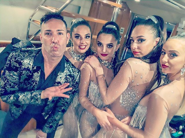 The amazing dancers of @diamondentnz. What can I say except 💖Thankyou so much for being a part of our Auckland Extravaganza!! We welcome you to our entertainment family #featuredentertainment #corporateevents #rivieraboats 💃🕺🏻🥂💋💕🙌
